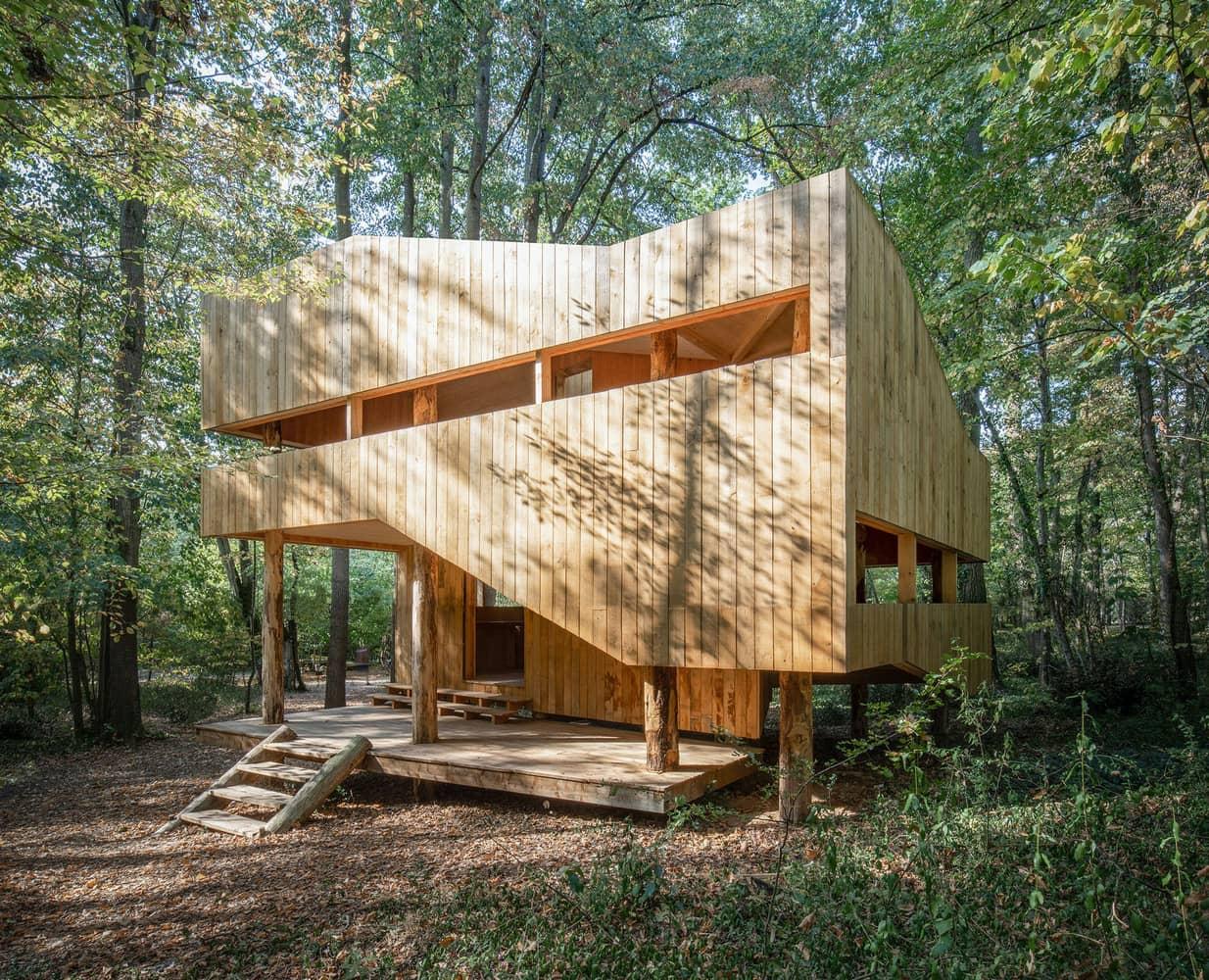 vanchoob-woodenhouse-l